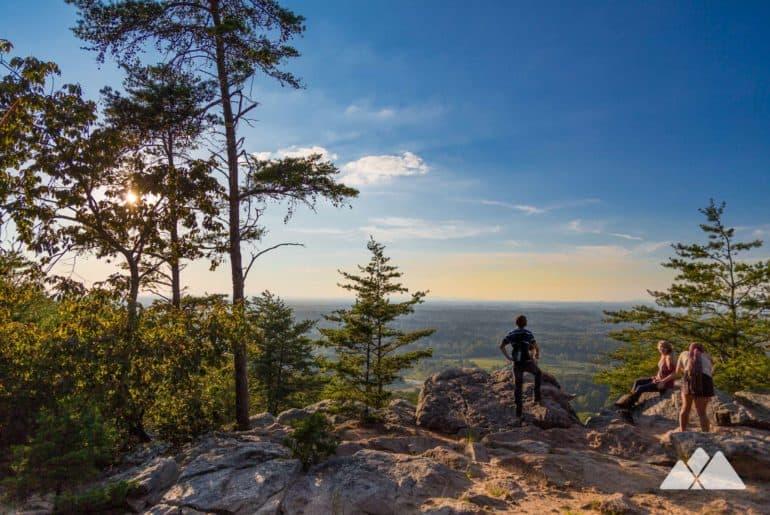Sawnee Mountain Preserve Indian Seats Trail