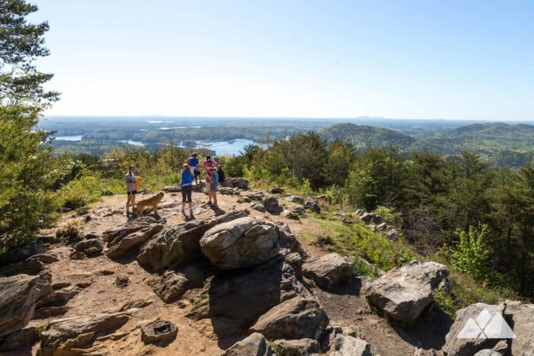 Pine Mountain Trail: hike to beautiful summit views of Allatoona Lake near Cartersville, Georgia
