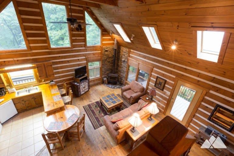 Blue Ridge GA cabin review: Raccoon Lodge