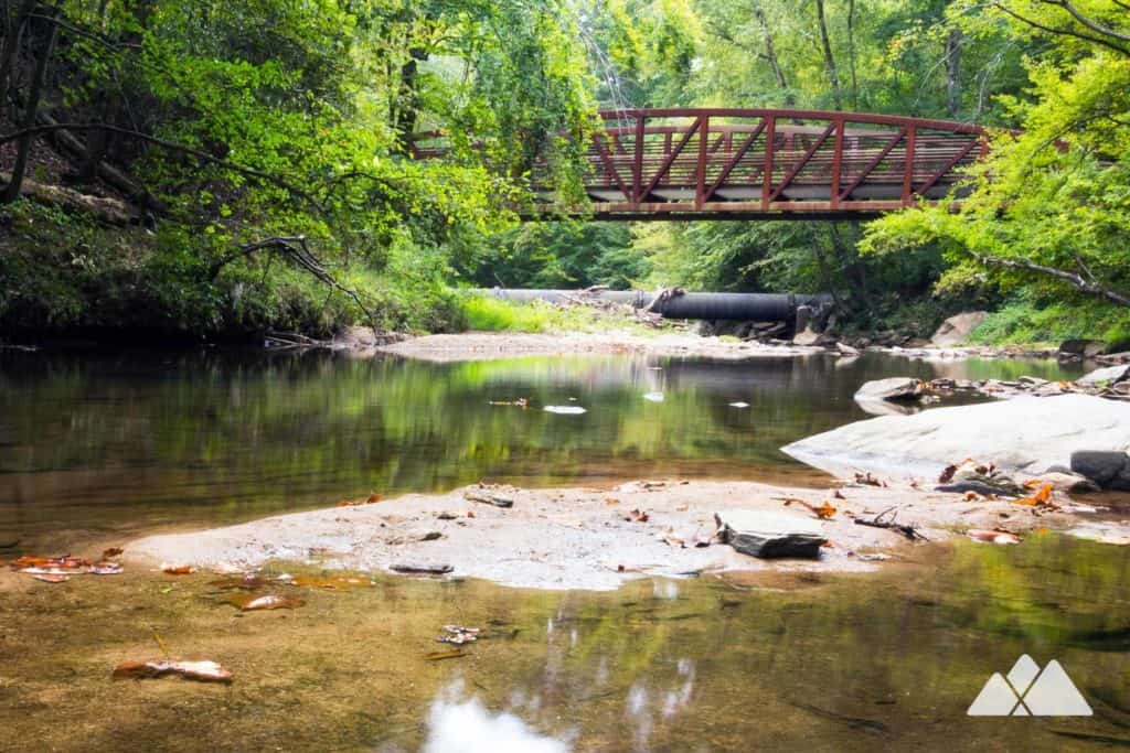 Hike or run the West Palisades Trail to the banks of Rottenwood Creek, a Chattahoochee River tributary and popular swimming hole for dogs