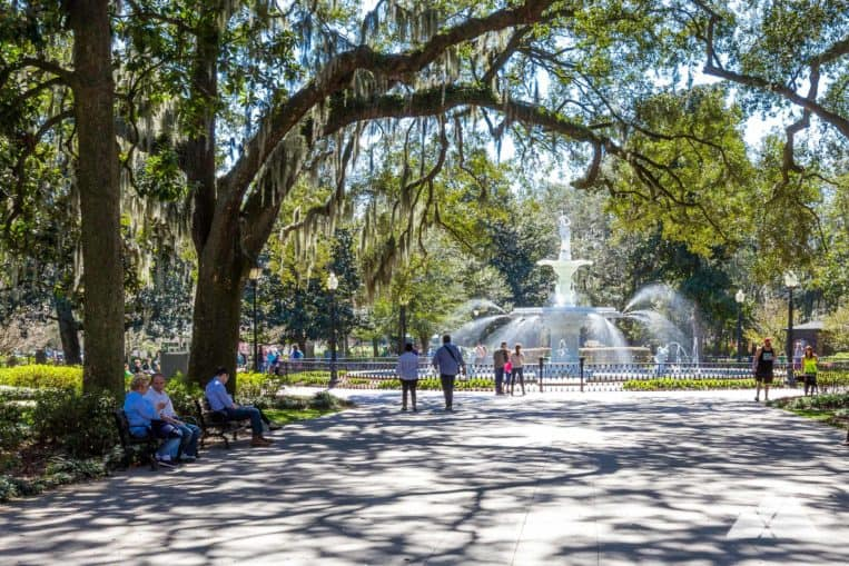 Forsyth Park Fountain: visit this iconic landmark in Savannah's historic district on a popular 1.8 mile running route