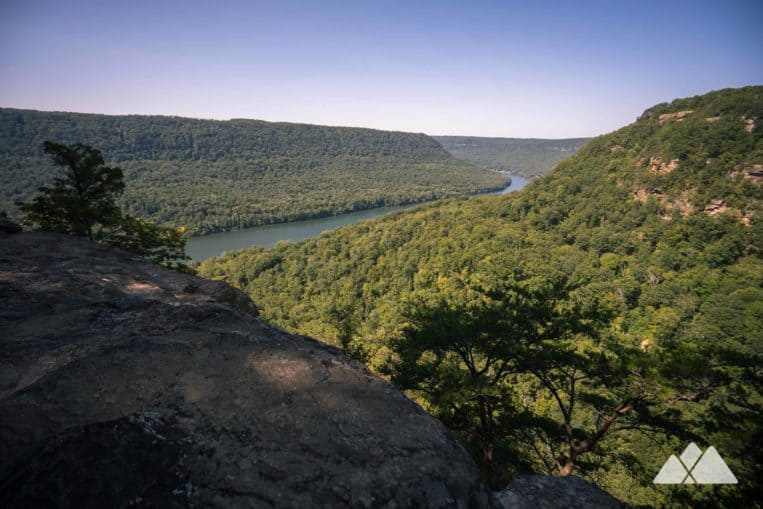 Top hikes in Chattanooga, TN: hike the Cumberland Trail on Signal Mountain to beautiful views at the Julia Falls Overlook