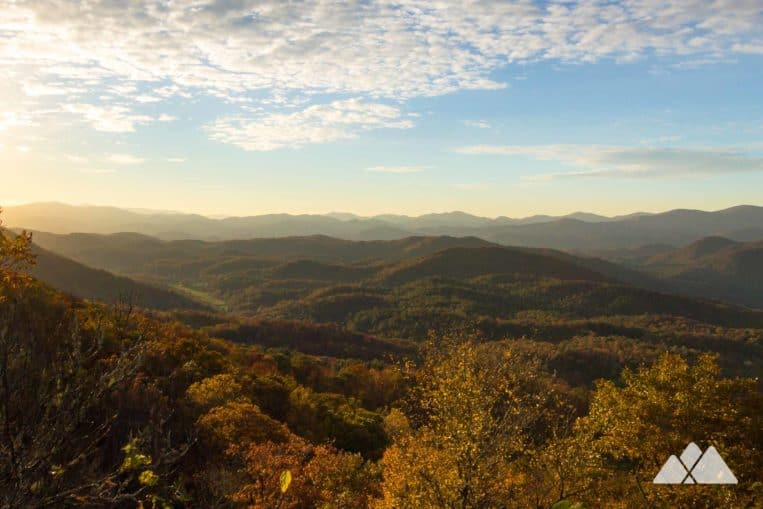 Black Rock Mountain: hike to stunning autumn views at Georgia's highest-elevation state park