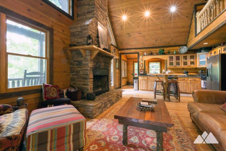 Blue Ridge cabin review: upscale cozy comfort in our favorite cabin, Hawks Ridge from Southern Comfort Cabin Rentals