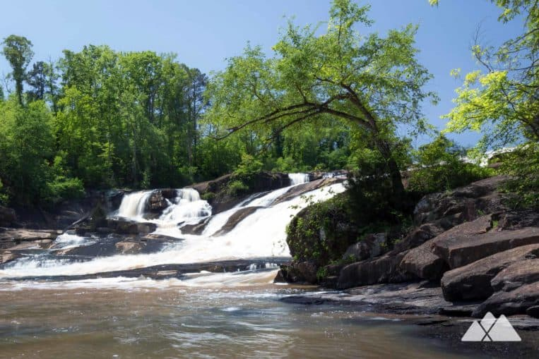 High Falls State Park in Georgia: follow the Falls Trail to spectacular waterfall views