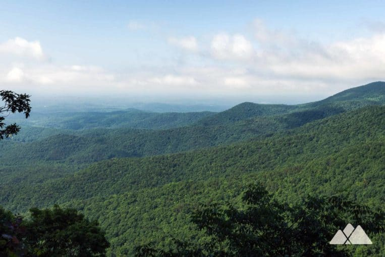 Appalachian Trail: hike to beautiful views at Ramrock Mountain from Woody Gap