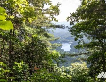 Lake Trahlyta view on the Bear Hair Gap Trail