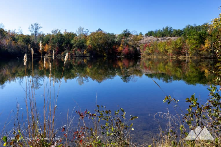 Hike the Arabia Mountain View trail to beautiful fall leaf color near Atlanta